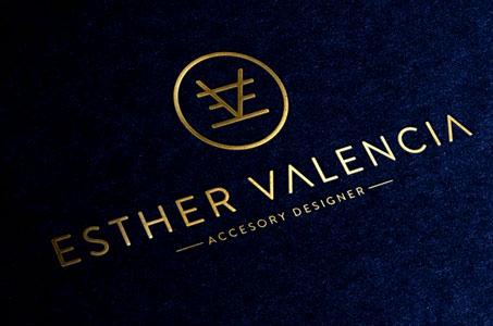 Esther ValenciaEsther Valencia |